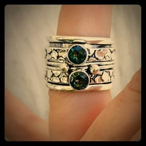 New Mystic Topaz Silver Spinner Ring. Size 6.75